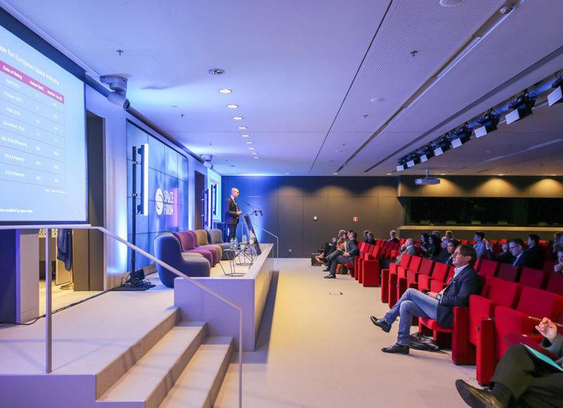 Salle C avec public