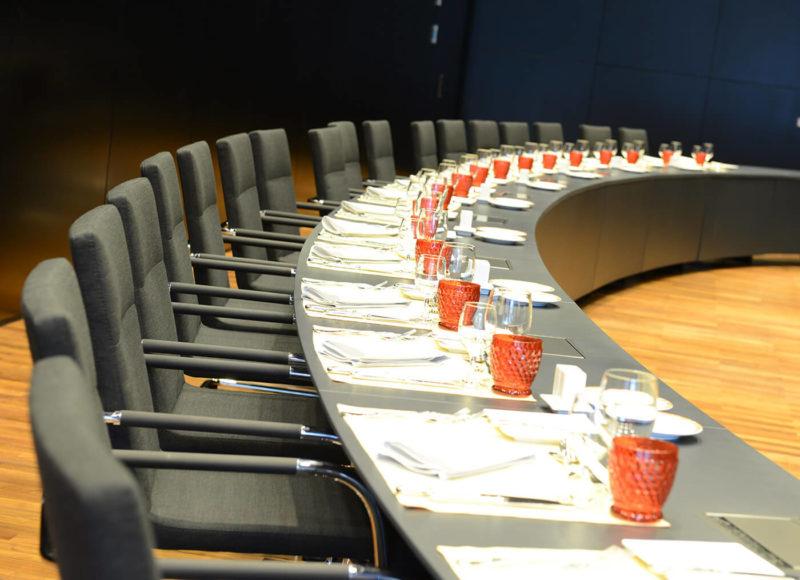 Table Salle des Ministres
